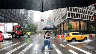 ⁴ᴷ Walking NYC Summer Streets 2018 in the Rain from 59th Street to Foley Square