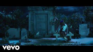 Смотреть клип Tierra Whack - Pet Cemetery
