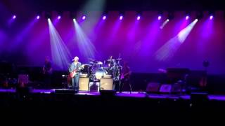 Mark Knopfler - Sultans of Swing (Live in paris - 03 / 06 / 2015)