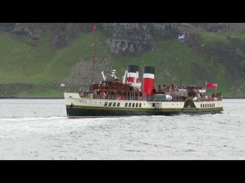 Paddle Steamer Waverley leaving Portree