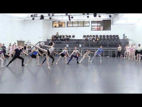 Modern Masters: Balanchine's Western Symphony