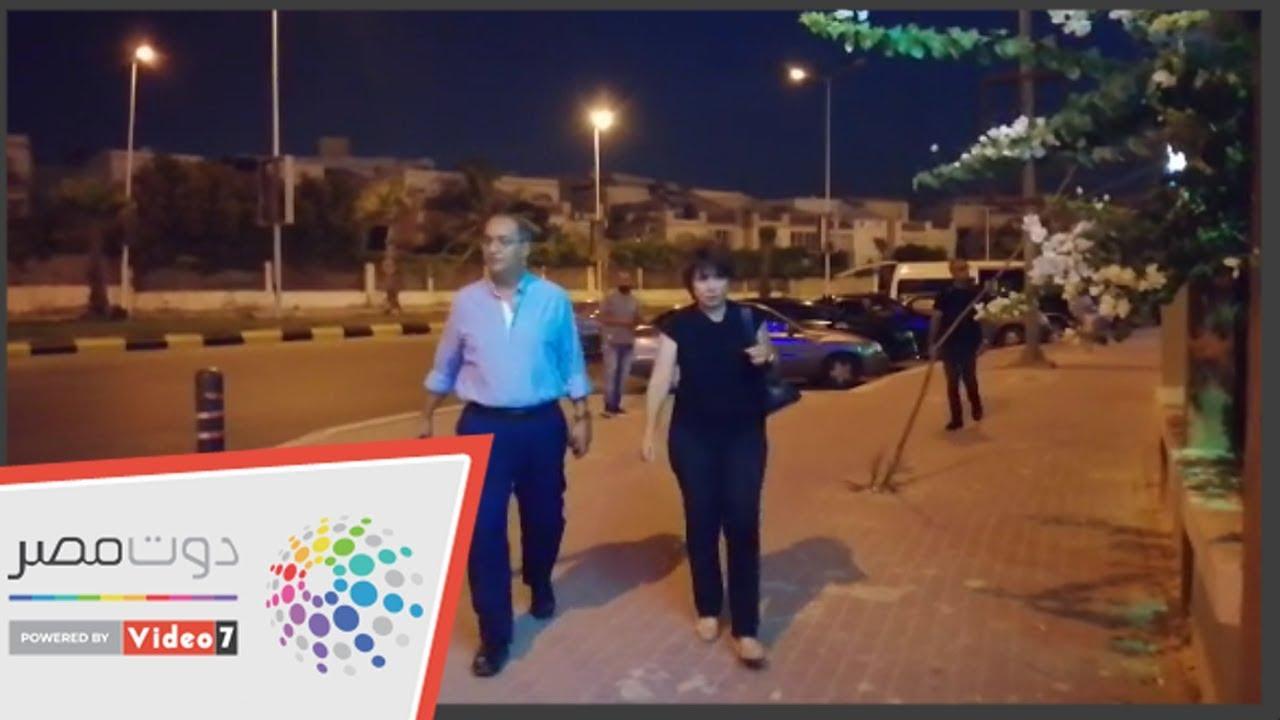 اليوم السابع :أنوشكا ومحمد رياض ودياب أول الحاضرين لـ عزاء والدة داليا مصطفى
