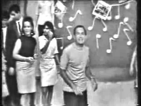 Neil Sedaka - Breaking Up Is Hard To Do (1966 on WLBW-TV)