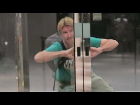 HOW TO ENTER A REVOLVING DOOR