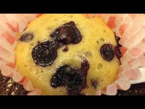 Кексы с черной смородиной
