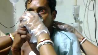 【衝撃映像】 狂犬病にかかってしまった人が水を飲む thumbnail