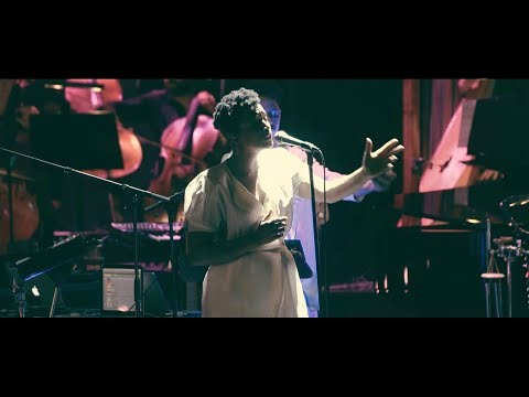 J.Views - Don't Pull Away LIVE (ft. the Revolution Orchestra & Denitia)