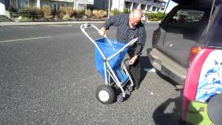Folding the Zoom Buggy At the Jersey Shore