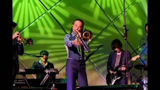 スカパラのサンパウロ公演の際の写真です。 スライドショー動画にしまし...