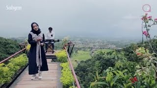 Lirik lagu - ya asyiqol musthofa Nissa Sabyan