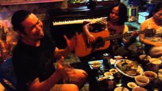 Cô Hàng Chè Xanh.Tác Giả : Vũ Minh.Guitar : Hồng Thuỷ