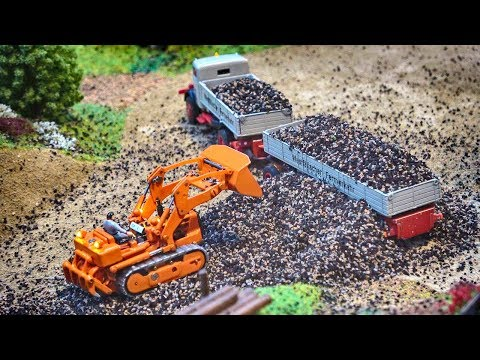 MICRO RC MODELS IN 1/87 SCALE! TINY TRUCKS \u0026 TRACTORS IN ACTION!