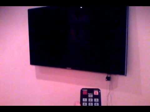 видео: Телевизор выключается после включения.3gp