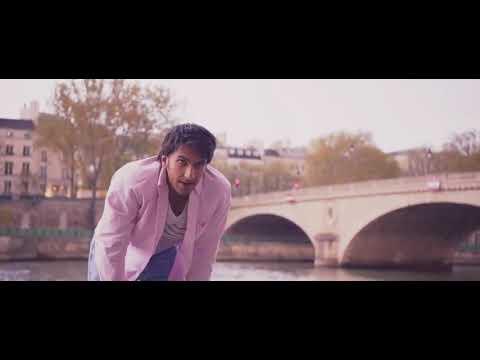 Ranveer singh kisses from befikre film