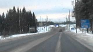 Ambulanssi matkalla onnettomuuspaikalle