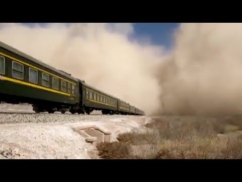 Raw footage: Sandstorms and winds hit southern Xinjiang Uygur Autonomous Region