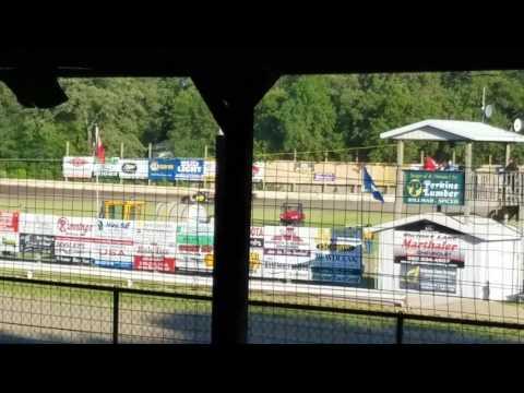Dustin Virkus @ KRA Speedway- Heat 6.8.17