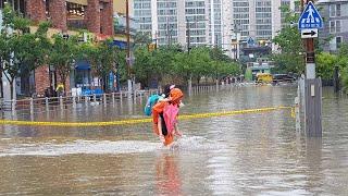 부산, 하루 200㎜ 넘는 폭우…도로 곳곳 물에 잠겨 / 연합뉴스TV (YonhapnewsTV)