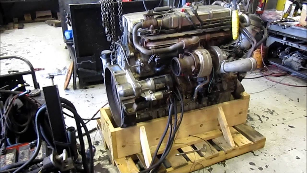2004 Mercedes OM460 EGR Diesel Engine Running