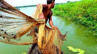 Net Fishing on Boat।Traditional Cast Net Fishing in River।fishing videos (part-305)