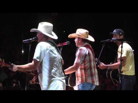 Tracy Lawrence - Time Marches On (Live with Luke Bryan & Jason Aldean)