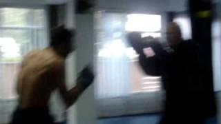 Repeat youtube video MAXI boxing-  Champions training 2009