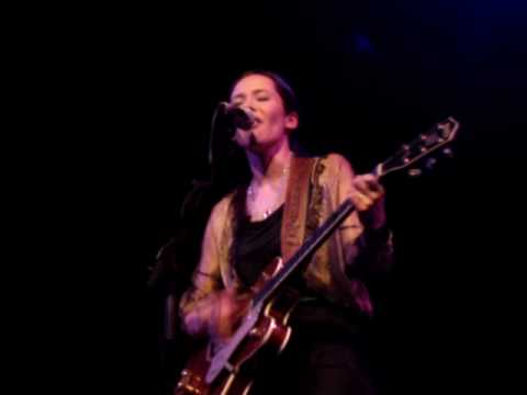 Nerina Pallot - Confide In Me (Live at Bloomsbury Theatre)