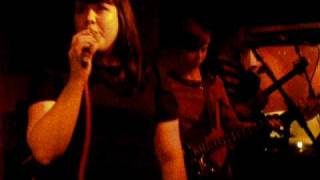 the-garlands---freedom-wham-cover-at-london-popfest-2010