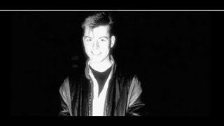Andy Rourke - Hand In Glove 1985