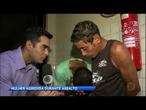 Mulher recebe agressões ao ser assaltada por dois criminosos