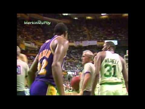 """Cedric """"Cornbread"""" Maxwell (24pts, 8reb, 8ast, 14-17 fts) vs Lakers 1984 Finals (G7)"""
