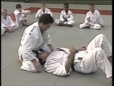 Judo ne waza - techniques au sol (ceinture jaune à jaune orange) d95be605612