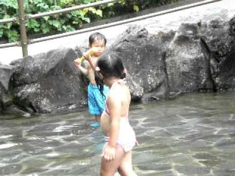 北本子供公園水遊び(1)