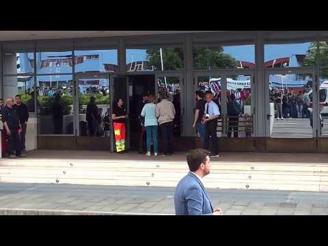 Salerno: all'Universita' di Fisciano studente precipita nel vuoto