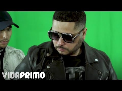 Смотреть клип Tempo - Sangre En Mi Carrera