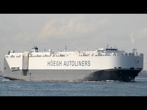 HOEGH SHANGHAI - Hoegh Autoliners vehicles carrier - 2014