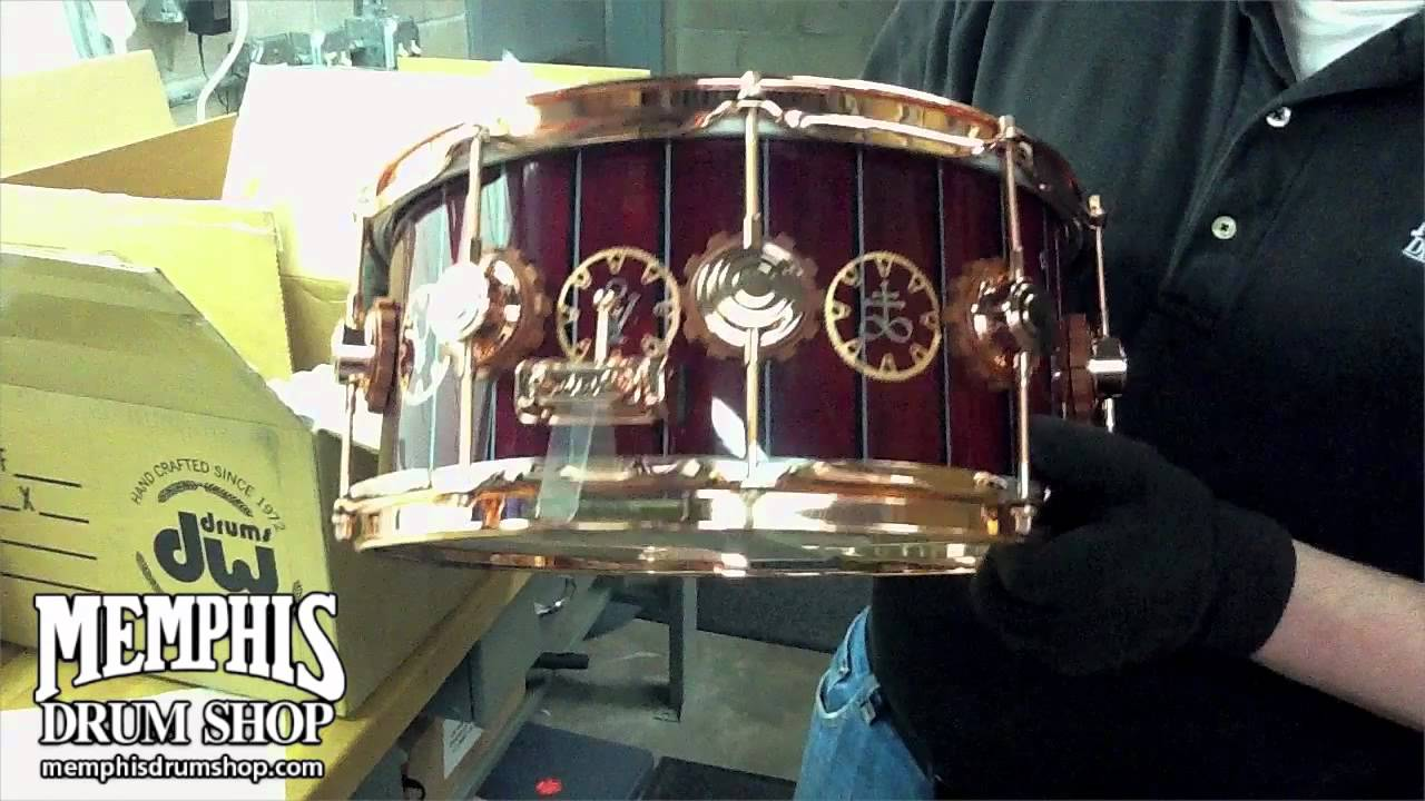 dw 14x6 5 time machine neil peart signature snare drum unboxing youtube. Black Bedroom Furniture Sets. Home Design Ideas