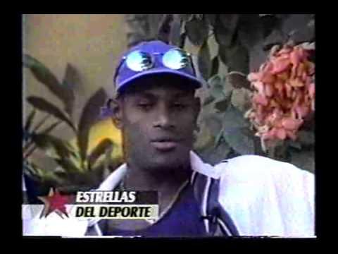 Estrellas Del Deporte Con Milagros Garcia - Sammy Sosa y Sonia Sosa