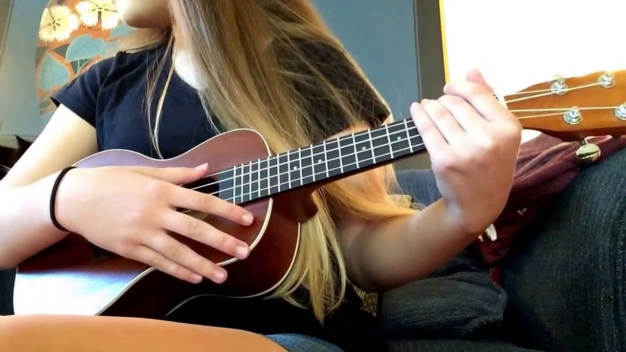 Can't Blame A Girl For Trying ~ Sabrina Carpenter ~ Ukulele Tutorial