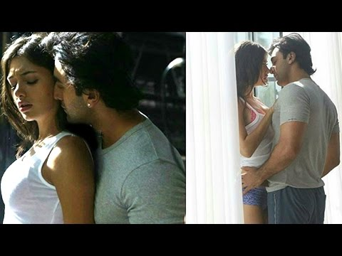 Ranbir Kapoor CAUGHT Getting INTIMATE With A Mystery Woman