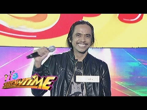 It's Showtime Funny One: Ryan Rems Sarita (In love with his fellow inmate)