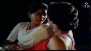 Rathiri Neram Song  (Valartha Kadha)
