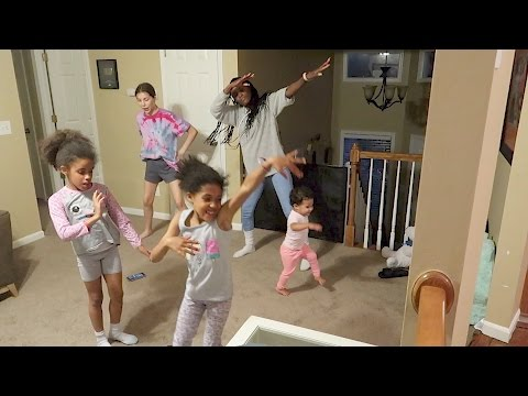 GIRLS DANCE PARTY