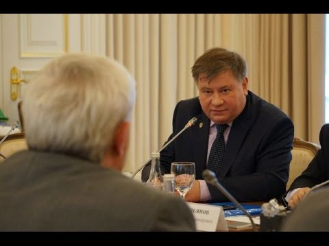 А.Л.Вассоевич на заседании Изборского клуба
