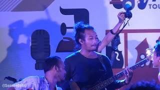 Download Fourtwnty - Fana Merah Jambu @ JJF 2018 [HD] Mp3