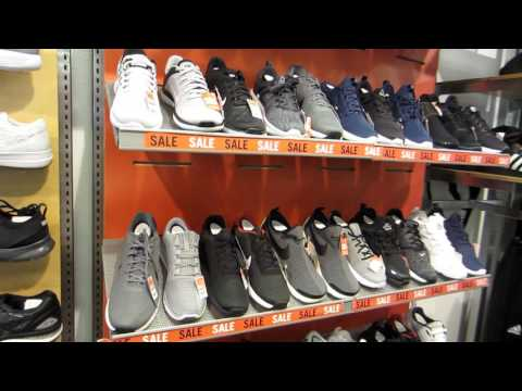 Grove City Pennsylvania outlet shopping tour - Part 1
