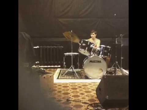 Лучший барабанщик в Миресмотреть онлайн и без регистрации