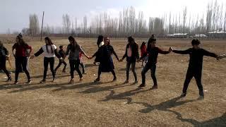 kızlardan müthiş tulum  2018 yeni  Doğubeyazıt tulum  /ABONE OL