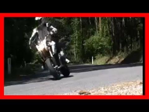 BMW HP2 Megamoto test ride / Motorrad Test by 1000PS