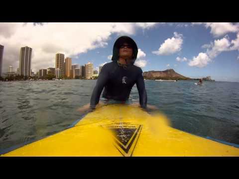 Waikiki Hawaii, Yellow longboard Short Ride 31 July 2015
